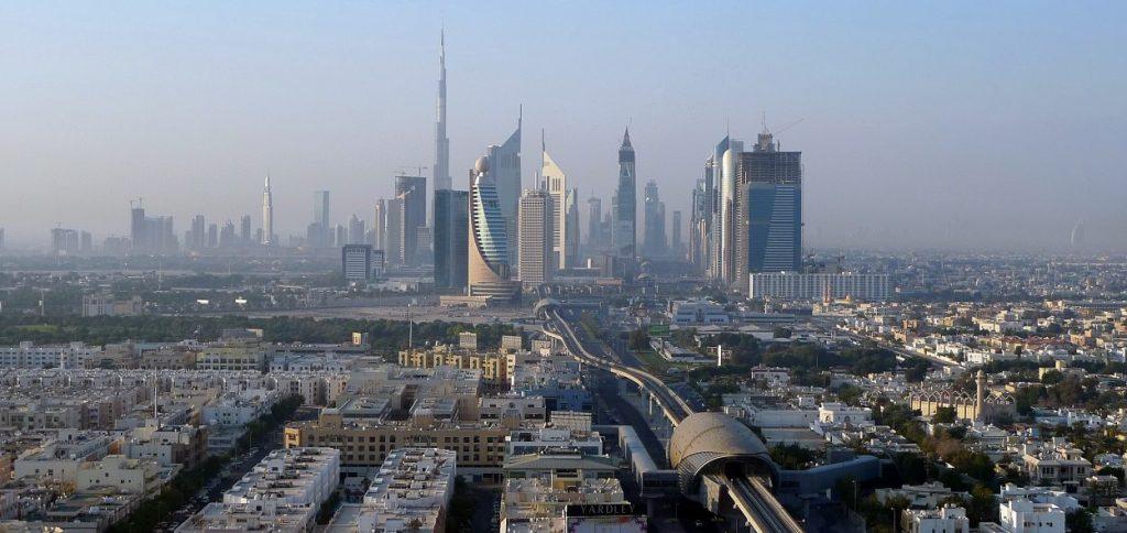 Dubai skyline x 590